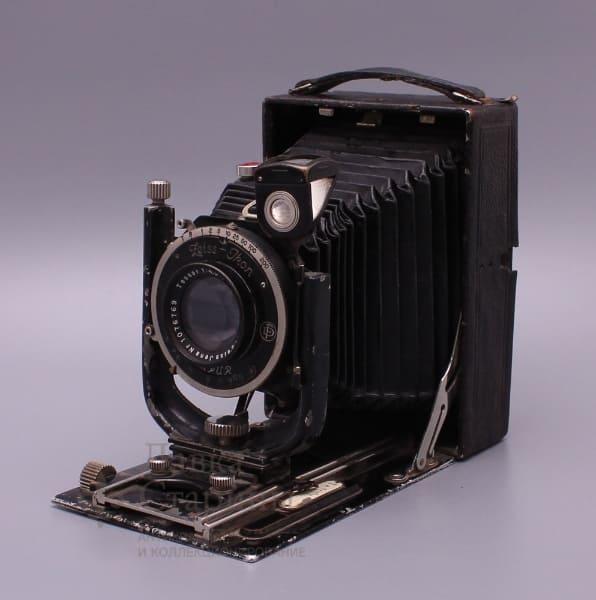 kuplyu-fotoapparaty-i-ob-ektiv
